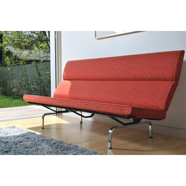 Eames sofa compacto hermanmiller for Mobiliario eames